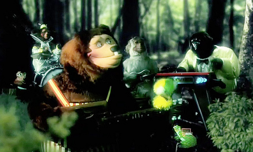 MGMT - Electric Feel The Rock-Afire Explosion (Video) | Third Monk