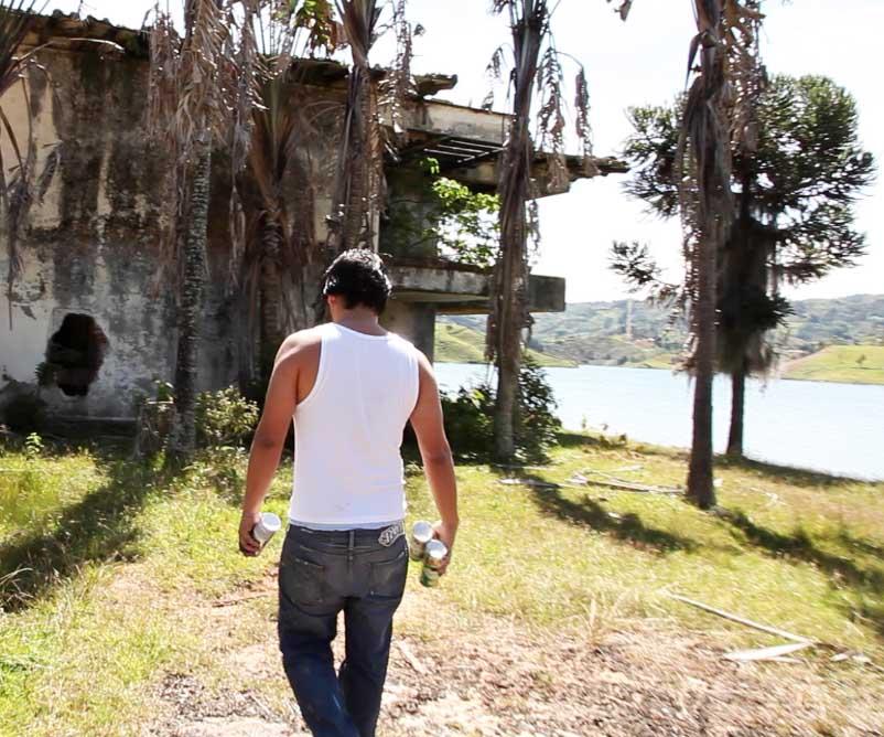 david-choe-tags-pablo-escobar-vacation-home-1