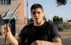 Nick Diaz Skillfully Swings Nunchucks (Video) | Third Monk image 2