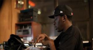 Pete Rock Making Beats On The MPC, Drum Machine (Video) | Third Monk