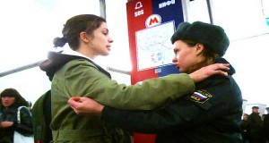 Russian Citizens Troll Police with Hugs and Kisses (Video) | Third Monk