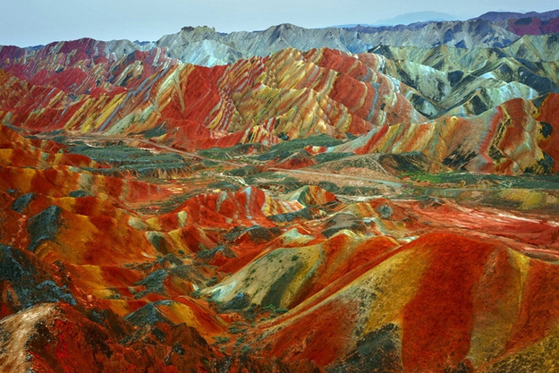 surreal-travel-spot-zhangye-china