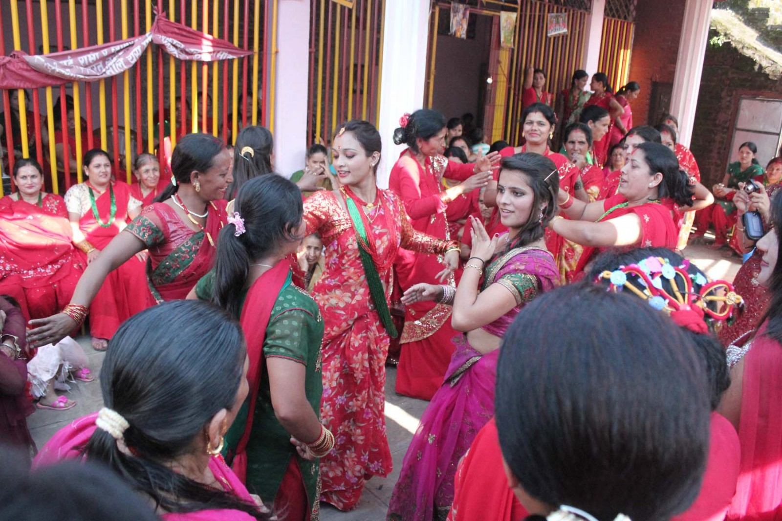 Inexpensive-Countries-to-Live-nepal-Ladies-Dancing-In-A-Temple-In-Lalitpur-On-The-Occasion-Of-Teej