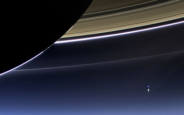 awe-inspiring-views-earth-saturn-ring Earth from Space