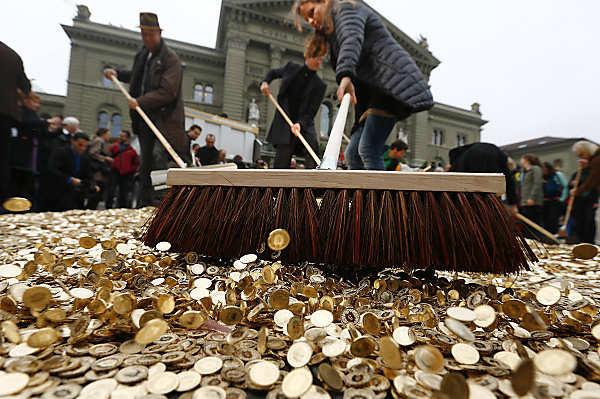 Basic Income Swiss