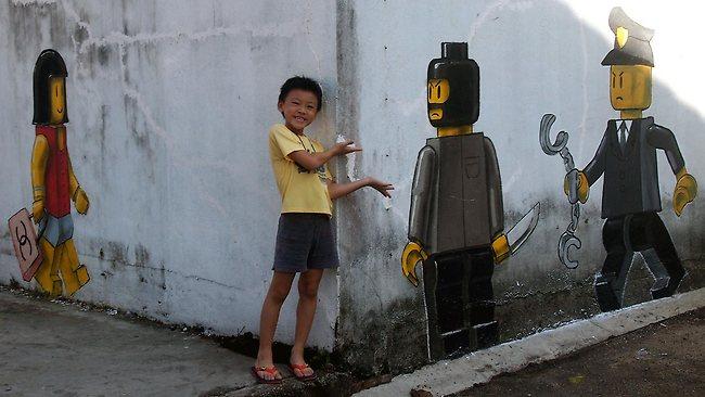 371907-lego-mural
