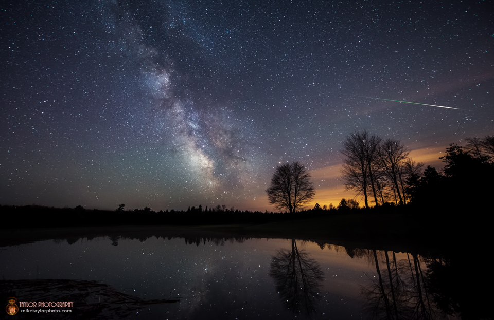 Halley Dust and Milky Way by Mike Taylor