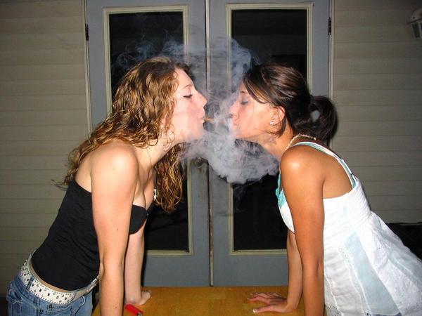 Stoner Girls Smoking Weed Photo Collection #1 (Gallery)   Third Monk image 1