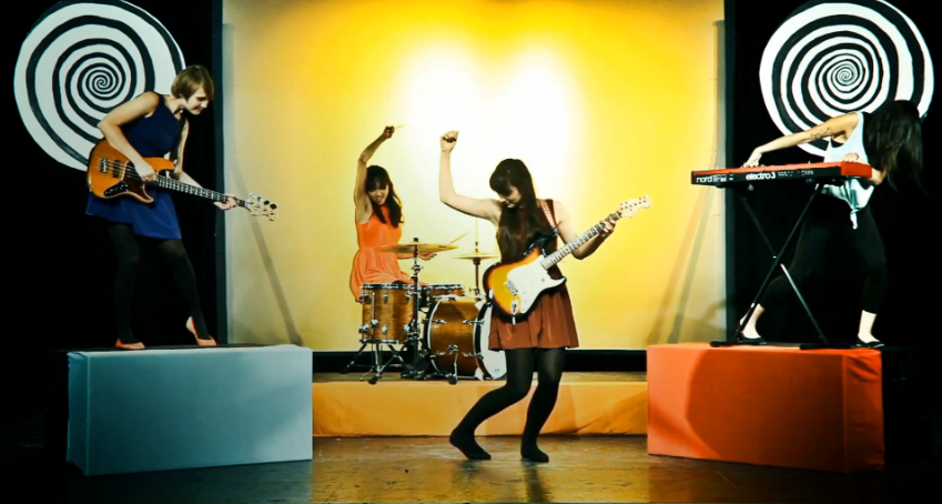 La Luz - A Rock Band with Psychedelic Sounds and Melodic Vocals (KJ Song Rec)   Third Monk image 3